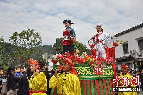 江西婺源:民俗文化醉游人