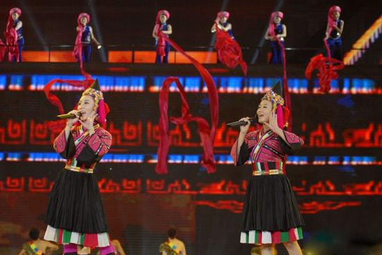 2013民歌节 传统民族风大放异彩