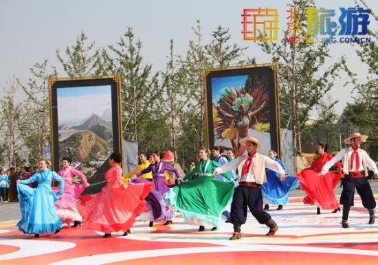 外国表演艺术家助演北京国际旅游节