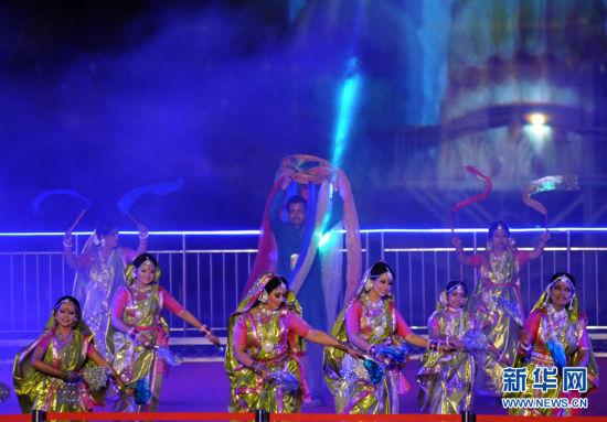 光影文化季暨首钢灯光节